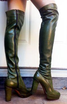 Over-the-knee green leather vintage platform boots #Scrubs #Nurses #Nursing #StudentNurse #SmittenScrubs @SmittenScrubs #healthcare #uniforms #NursingUniforms #StPatricksDay