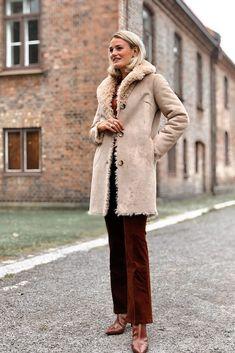 Curly Lammy Coat deguy.no Curly, Coat, Fashion, Moda, Sewing Coat, Fashion Styles, Peacoats, Fashion Illustrations, Coats