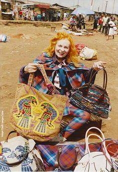 Vivienne Westwood, la stilista icona dello stile British, nata come portavoce del punk-rock e dello street style e ora acclamata creatrice di fama mondiale e insignita del titolo di Dame of the British Empire da Sua Maestà la Regina Elisabetta II, si è fatta paladina della moda etica e sostenibile con l'iniziativa Ethical Fashion Africa Programme, frutto della collaborazione con l'ITC (International Trade Centre), organismo creato da ONU e World Trade Organisation.