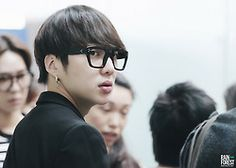 """SEUNGYOON @ 140426 Incheon Airport (Off to Taiwan)!  """"DO NOT EDIT!""""  Source: RainForest94; as-tagged"""