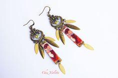 golden chandelier earrings  retro jewelry  woman by chezviolette