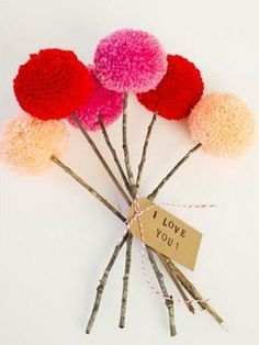 Kids will love making this simple pom pom bouquet for Mother's Day. You can create a pretty tag to go along with it, with Avery printable tags and free designs at avery.com/mothersday.