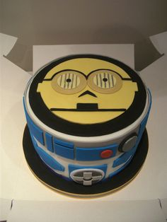 Star Wars Cake by ~gertygetsgangster on deviantART  We have a winner, this is the cake Quinn wants!