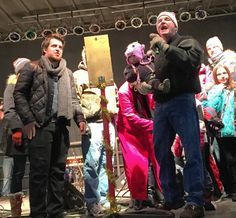 """Article written by Steve Zalusky """"American Idol"""" winner Lee DeWyze, left, helps Elk Grove Mayor Craig Johnson with the countdown Friday evening at the village's tree-lighting ceremony."""