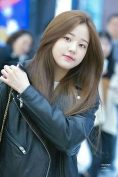 190130 GMP departure (to Japan) Ulzzang Korean Girl, Cute Korean Girl, Korean Beauty Girls, Asian Beauty, Korean Hair Color, Korean Haircut, Girl Hair Colors, Beautiful Chinese Girl, Girl Hairstyles