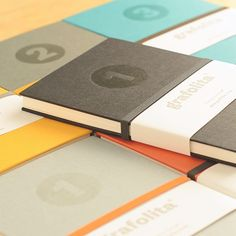 Plain Notebook. Accordion Notebook format, in japonese style, perfect for those who like to sketch, write and keep memories, which can be arranged in sequence when the notebook is fully open.