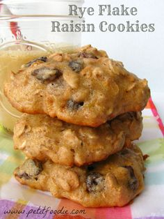 rye flake raisin cookies rye flake raisin cookies www petitfoodie com ...