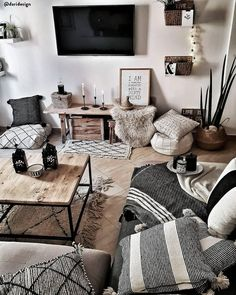 96 Amazing Rustic Apartment Living Room Design Ideas – How to Create A Rustic Living Room Decor Interior Design Living Room, Living Room Designs, Living Room Decorating Ideas, Hone Decor Ideas, Small Living Room Design, Interior Livingroom, Living Room Inspiration, Interior Inspiration, Style Inspiration