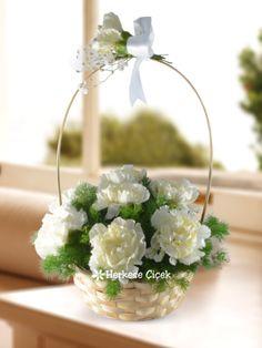 Saf ve Temiz Duygular Karanfil Sepeti ile sevdikleriniz için en güzel duygularınızı sepet dolusu çiçekler ile anlatın.  http://www.herkesecicek.com/saf-ve-temiz-duygular-karanfil-sepeti.html