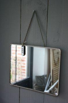 | hanging mirror |