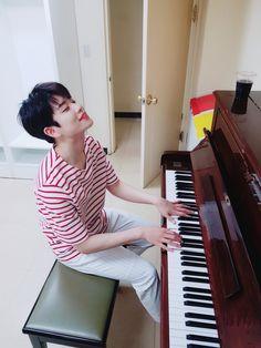 MJ [엠제이] | Kim Myungjun [김명준] Suwon, Korean Bands, South Korean Boy Band, Got7, Eunwoo Astro, Piano Man, Piano Guys, Boyfriend Pictures, Smile Everyday