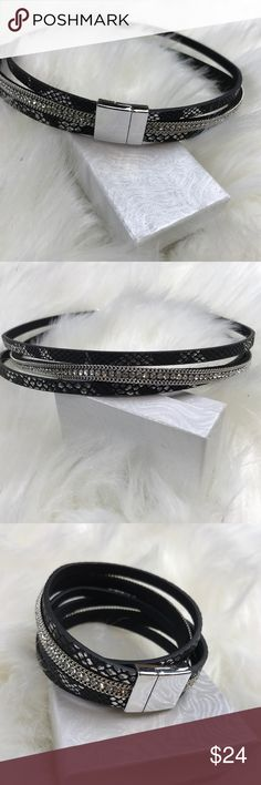 Magnetic choker or bracelet NWT Magnetic choker or bracelet, black, silver, metallic, very trendy.   NWT • BUNDLE FOR 10% OFF • NO TRADES 5 star rating • Fast Shipper • 100+ sales  • Smoke free home • 100% authentic Jewelry