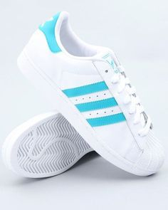 ADIDAS Women's Shoes - Adidas Women Shoes - Superstar 2 Sneakers for the groomsnen - We reveal the news in sneakers for spring summer 2017 - Find deals and best selling products for adidas Shoes for Women New Sneakers, Sneakers Fashion, Fashion Shoes, Adidas Sneakers, Adidas Hat, Adidas Golf, Sneakers Women, Fashion Outfits, Cute Shoes