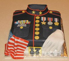 Marine Corps Cake - mom, think j would like this? Marine Corps Cake, Marine Corps Birthday, Fancy Cakes, Cute Cakes, Beautiful Cakes, Amazing Cakes, Military Cake, Military Police, Army Cake