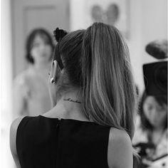 Ariana Grande - Data y Fotos Cabello Ariana Grande, Ariana Grande Tattoo, Ariana Grande Hair, Bilal Hassani, Scream Queens, Dangerous Woman, Look Chic, Role Models, Rihanna