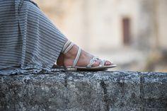 Dopo anni finalmente sono riuscita ad andare a scattare delle foto per il blog nella splendida Matera: per l'occasione ho indossato dei sandali gioiello!