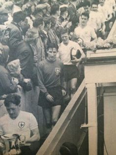 Little seen pic of the double team descending the Wembley steps Retro Football, Football Team, Tottenham Hotspur Football, Spurs Fans, White Hart Lane, Double Team, Team Pictures, North London, Sons