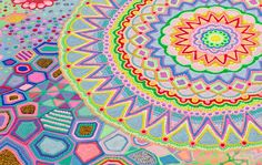 Sous le nom de Pip & Pop, l'artiste australienne Tanya Schultz paysage-sucre-couleur-acide-16