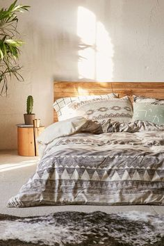 Urban Outfitters Deny Milky Way by Iveta Abolina Queen Duvet Cover NIP $149 #DenyDesigns #IvetaAbolina #duvetcover #geometric #triangles #UrbanOutfitters #UO