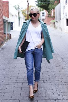 Poor Little It Girl - Petite Fashion & Style Blogger. For more petite fashion & style bloggers visit http://petitestyleonline.com/blogroll/