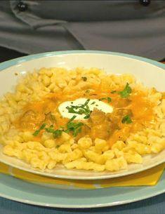 Kurací paprikáš a maslové halušky | Mamine Recepty