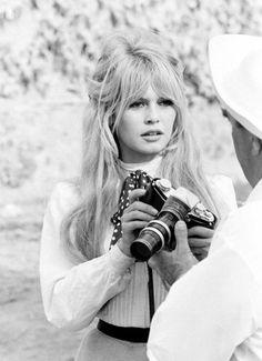 Imagen de black and white, brigitte bardot, and girl