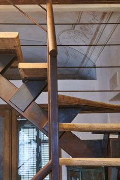 Scala in ferro e legno Stairs, Design, Home Decor, Houses, Stairway, Decoration Home, Staircases, Room Decor, Ladders
