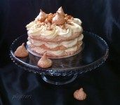 Tort egiptean (vanilie si alune)