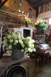Essences Of The Past: Barn House Vintage and Antique Marketplace 2012 Part III