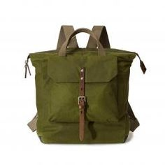 Ally Capellino offers a range of Backpacks made from Italian Vegetable Tanned leather, Cordura Nylon and British waxed cotton. Always considered with padded tech pockets and adjustable straps. Hobo Crossbody Bag, Designer Backpacks, Modern Classic, Bradley Mountain, Bag Accessories, Cotton, Bags, Women, Clothes