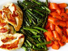 Gojee - Chicken Breasts with Mustard Vinaigrette, Roasted Asparagus, and Carrots by Domestifluff Carrot Recipes, Healthy Recipes, Yummy Recipes, Free Recipes, Recipies, Clean Eating, Healthy Eating, Good Food, Yummy Food