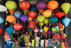 Love to see these silk laterns in Hoi An, Vietnam in person!. -and buy one or two. :)
