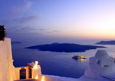Amazing sunset view from the caldera in Santorini http://wondering-around-greece.tumblr.com/
