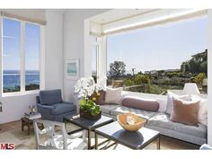 6315 Tantalus Drive, Malibu CA - Trulia  Wow!  What a window!  Someone's back shouldn't be the only one enjoying this gorgeous view.  I'd turn the couch around.
