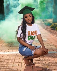 Graduation should be celebrated as the day of success, a long and challenging process. Nursing Graduation Pictures, Graduation Look, Graduation Picture Poses, College Graduation Pictures, Graduation Photoshoot, Grad Pics, Senior Picture Outfits, Grad Pictures, Graduation Outfits