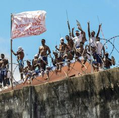 Inmates beheaded in deadly Brazil prison riot