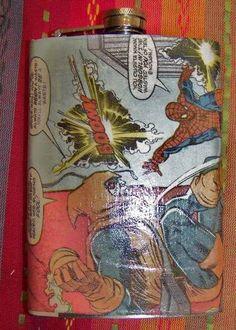 DIY- Comic Book Flask Diy Valentines Gifts For Him, Diy Xmas Gifts, Comic Book Crafts, Comic Books Art, Book Art, Comic Book Wedding, Creative Birthday Gifts, Comic Clothes, Cricut Wedding