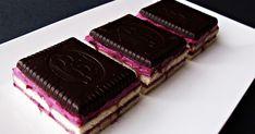 A Kekszes sütemény szedres változata, a zselé helyett csokoládés keksszel. Hozzávalók 24x36 cm-es tepsihez 50 dkg háztartá...
