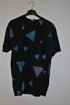 Triangle shirt di GibiGibiStudio su Etsy