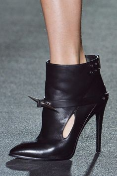 Love these Sharp Shoes! Anthony Vaccarello Fall 2013