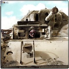 trainee tank driver at the controls of a 'Crusader' Mk.II tank of the South African Armoured Division in the desert at Khataba, north west of Cairo, September 1943 Military Photos, Military History, Churchill, Crusader Tank, Afrika Corps, History Online, World War One, German Army, Armored Vehicles