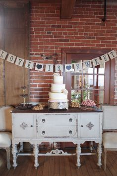 LOVE THIS DESSERT TABLE  Photography: Alders Photography - aldersphotography.com  Read More: http://www.stylemepretty.com/california-weddings/2015/03/22/urban-la-wedding-with-a-romantic-twist-at-the-carondelet-house/