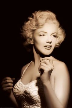 PIN57038 Spotlight on Marilyn Monroe 24x36