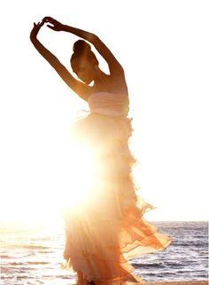 beautiful light & pose.