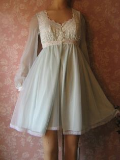 Vintage Nightgown Peignoir Set OLGA sheer blue chiffon XS bra top sleeping pretty Lacy
