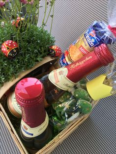 Gift basket - fairytale garden, fairytale forest, birthday present, wedding gift Basket Crafts, Gift Baskets, Garden Wedding Dresses, Food Humor, Funny Food, Birthday Presents, Creative Gifts, Wedding Gifts, Fairy Tales
