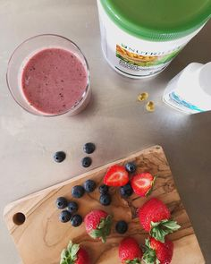 shake to gain muscle almond milk San Jose, California . Super anti-oxidant packed berries + muscle-building Nutrilite All-Plant Protein Powder + delicious almond milk +… Nutrilite, Artistry Amway, Morning Drinks, Plant Protein, Body Detox, Fish Oil, All Plants, Protein Shakes, Almond Milk