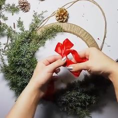 Creative DIY Christmas Wreath - Holiday wreaths christmas,Holiday crafts for kids to make,Holiday cookies christmas, Christmas Wreaths To Make, Diy Christmas Ornaments, Homemade Christmas, Holiday Wreaths, Rustic Christmas, Christmas Projects, Simple Christmas, Diy Christmas Gifts Videos, Outdoor Christmas Wreaths