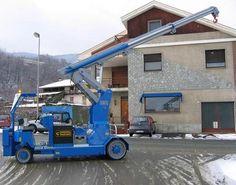 Minidrel Gruniverpal, pojízdný jeřáb s max. Minion, Crane, Trucks, Minions, Truck