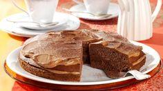 Rezept: Schokoladenkuchen mit Nougatcremefüllung